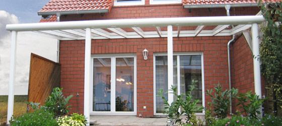 Terrassendachlösungen aus Aluminium, Glas oder Kunststoff  mehr